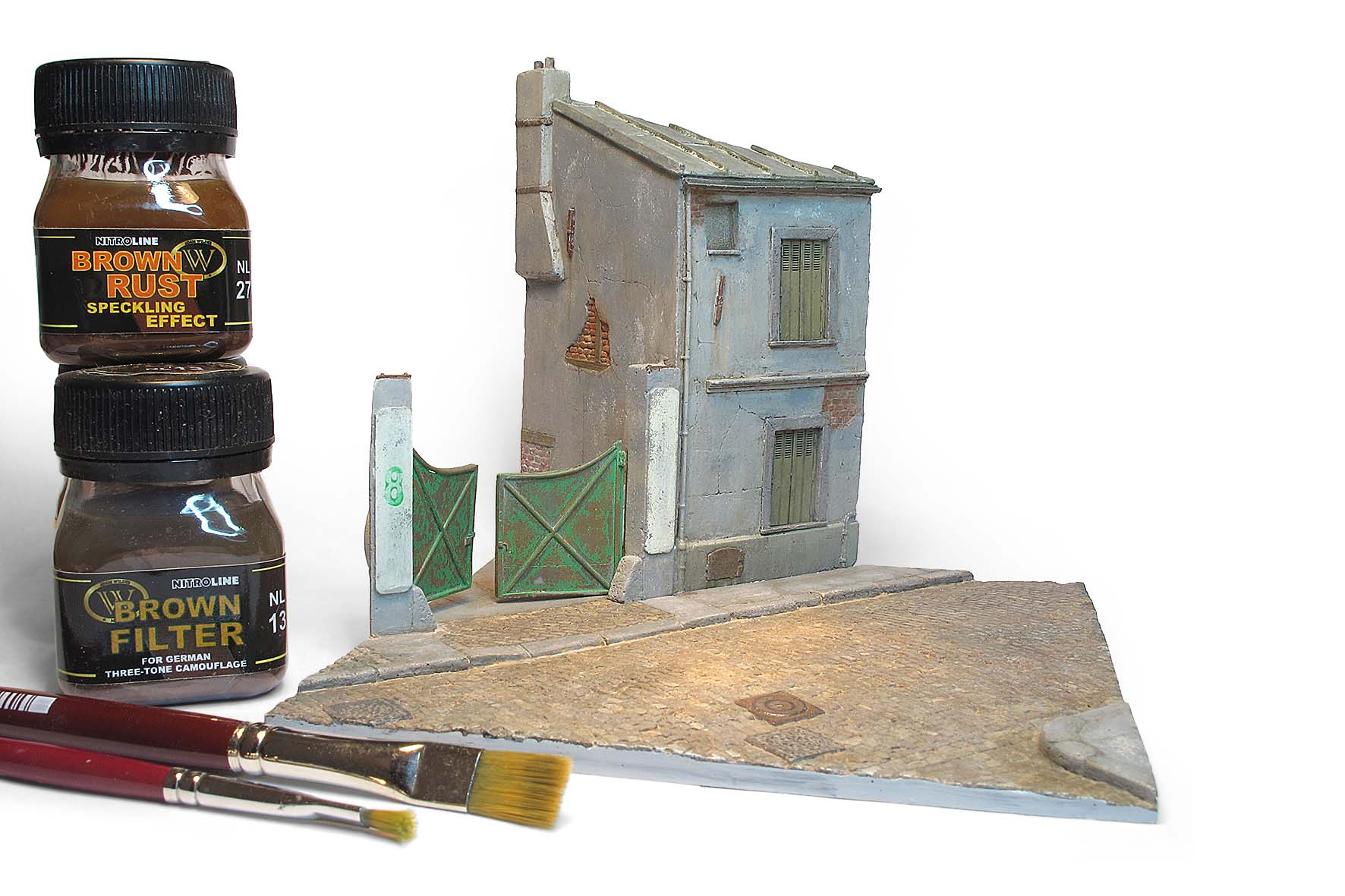 Authentic French Street 1:72
